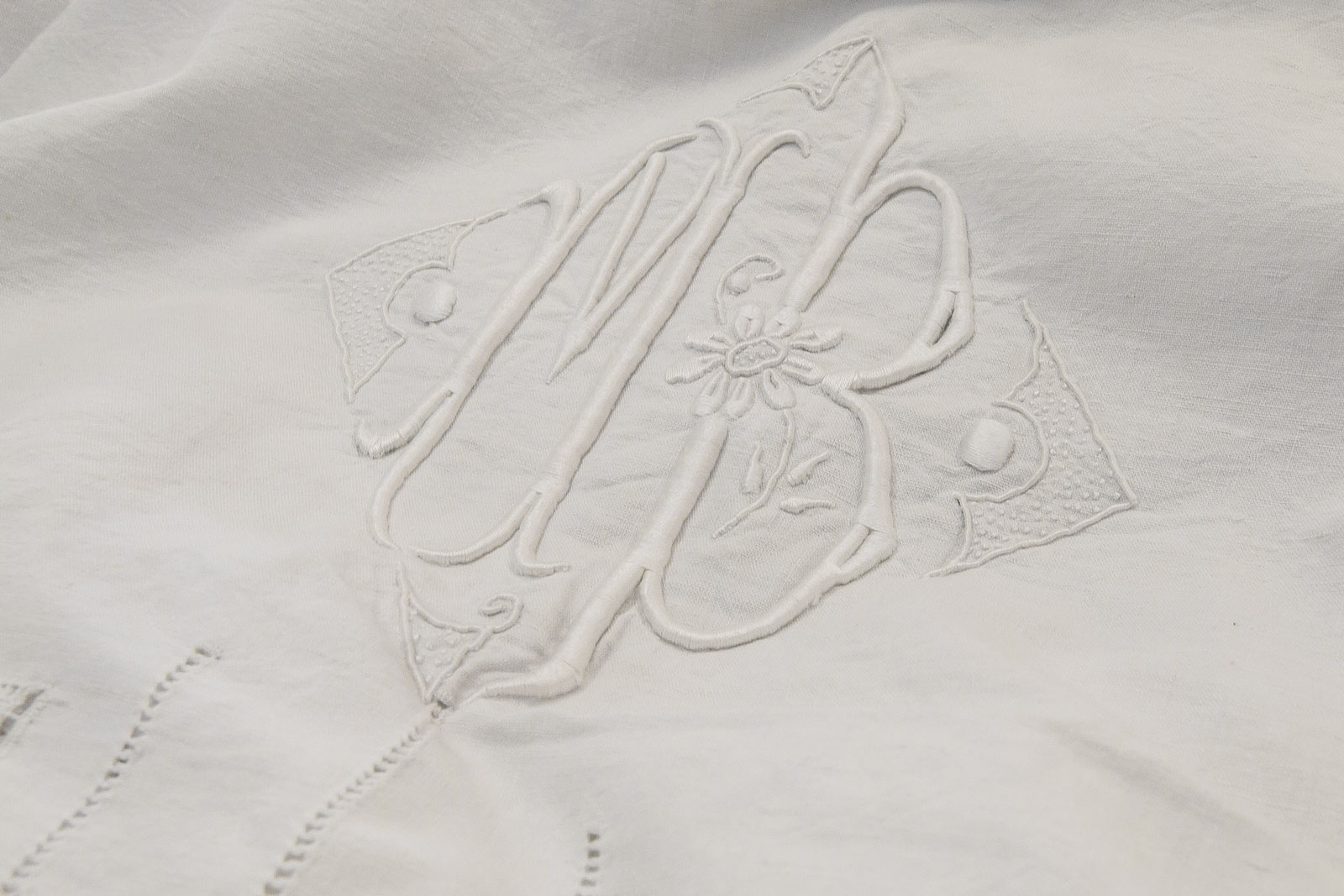 Orietta Classic Antique Flat Sheet