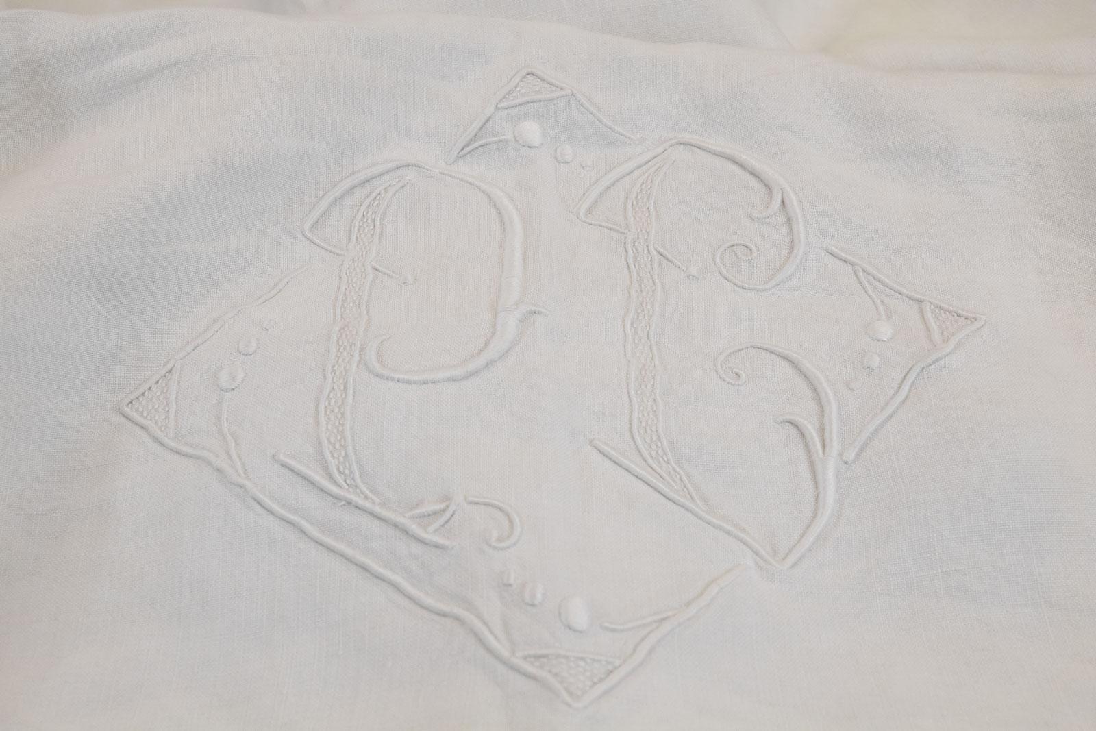 Gisela antique tuscan flat sheet